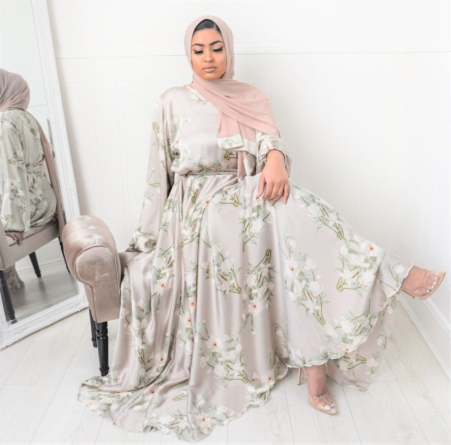 Amal Wrap Pearl Oyster Bloom
