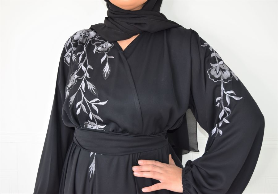 Amal wrap flare Black Embroidered