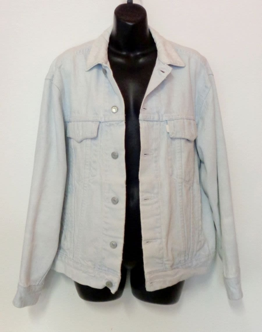 Vintage Womens / Mens Acid Wash Light Blue Denim Jacket