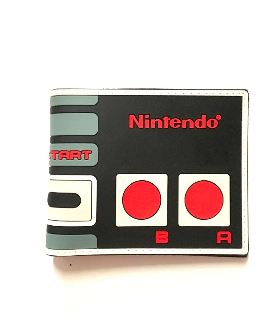 Nintendo NES Controller Retro Design Wallet