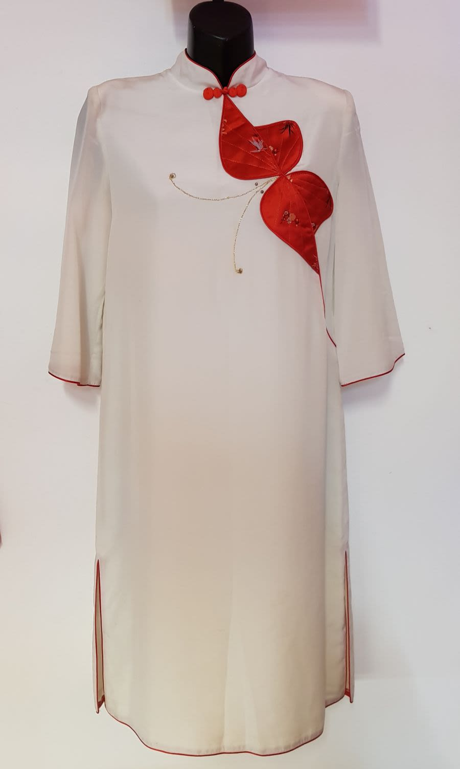 Vintage Women' 1950's style White Oriental Dress with Red Butterfly