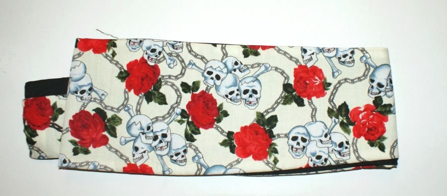 Reversible Skull & Roses Bandana