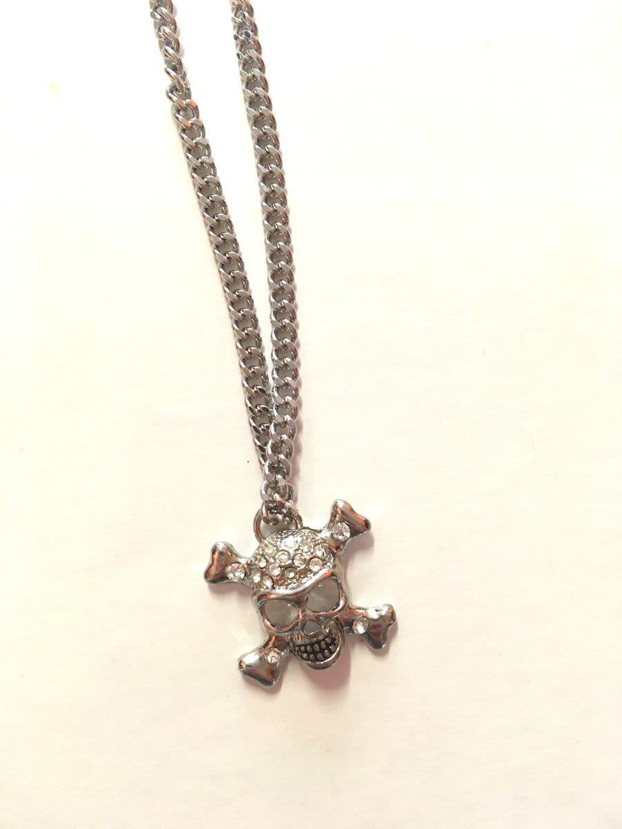 Blingy Skull & Bones Necklace