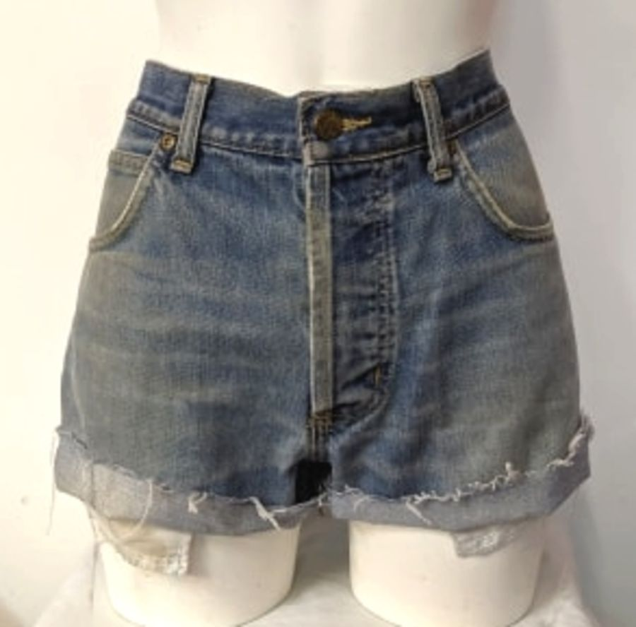 Vintage Womens light Blue Levi Denim Shorts