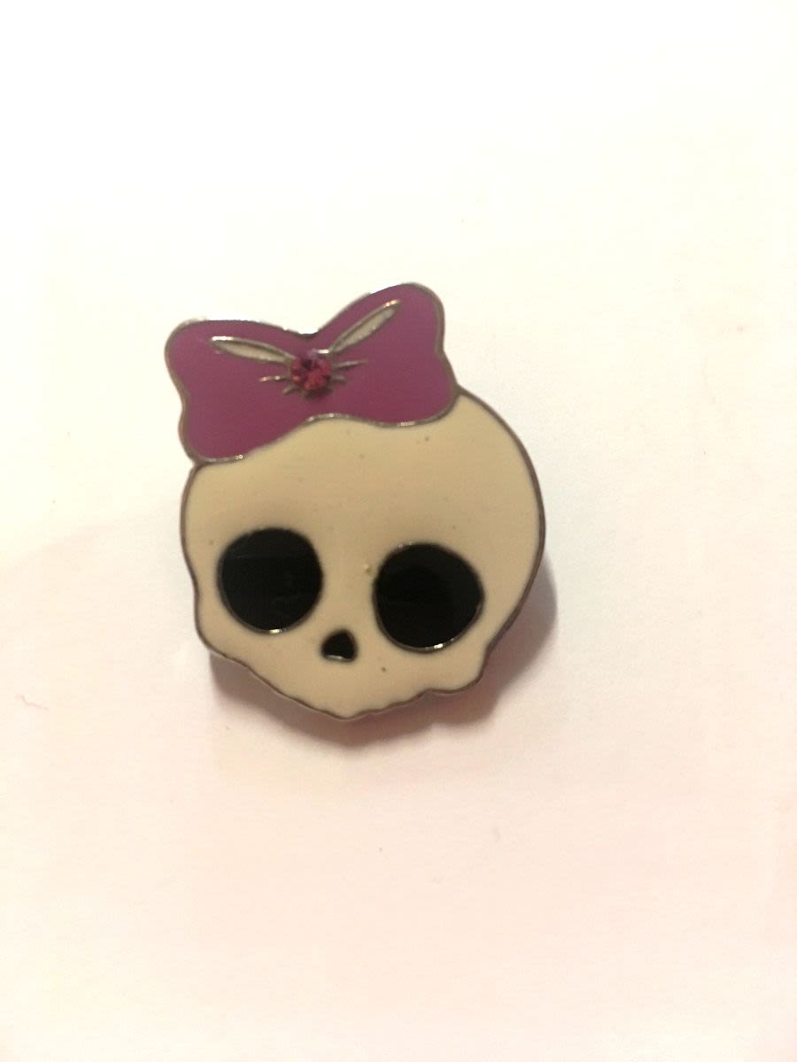 Cute Skull Pink Bow Brooch