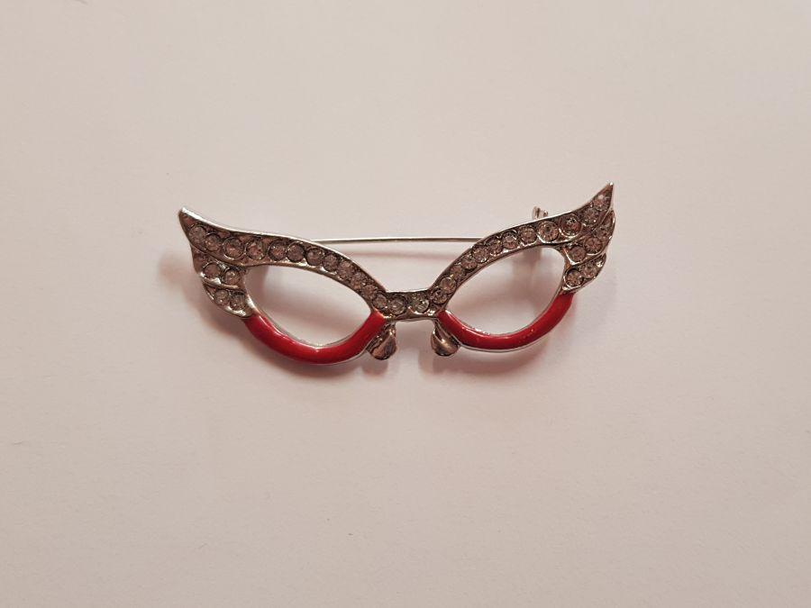 1950's Diva Glasses Pink Silver Diamante Brooch