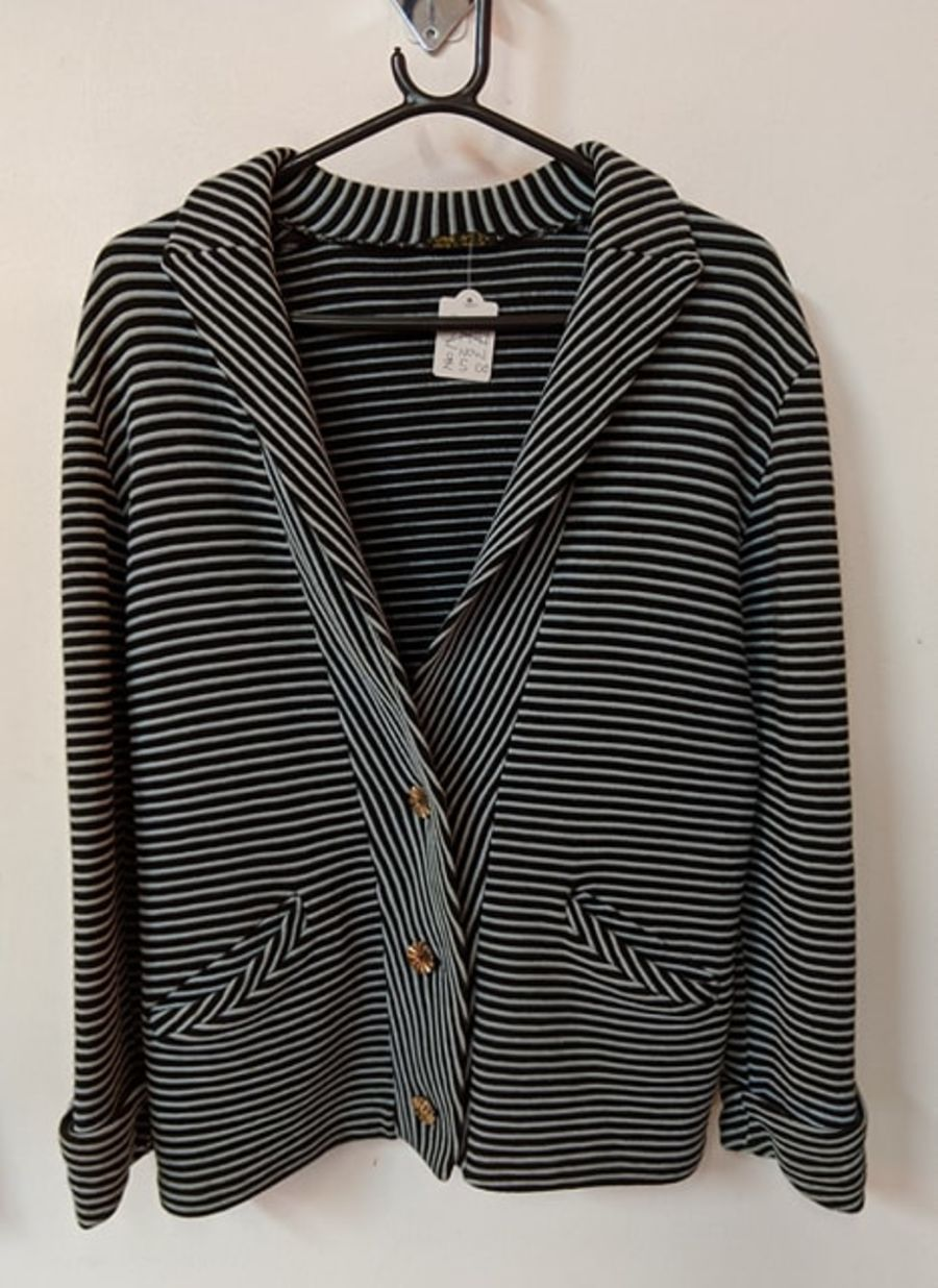 Vintage 80's Grey Black Pin Stripe Pure Wool Blazer