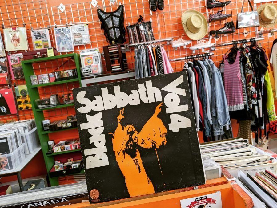 Vintage Black Sabbath Vol 4 Vinyl