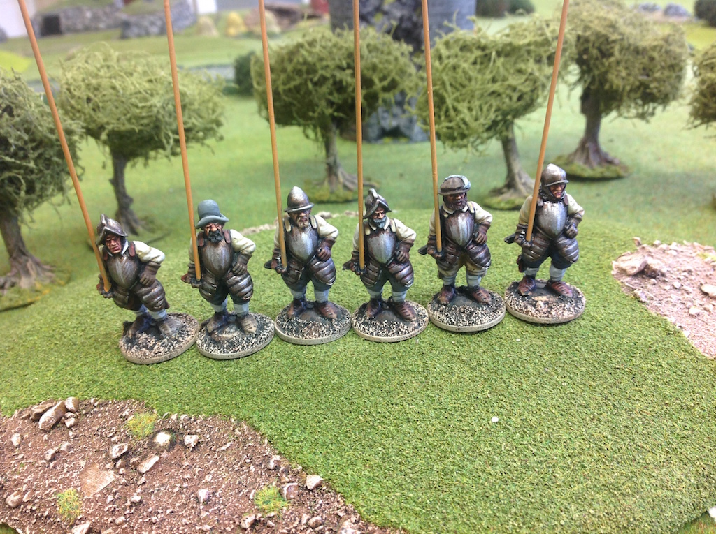 BR15 Garrison Men with Pikes Marching