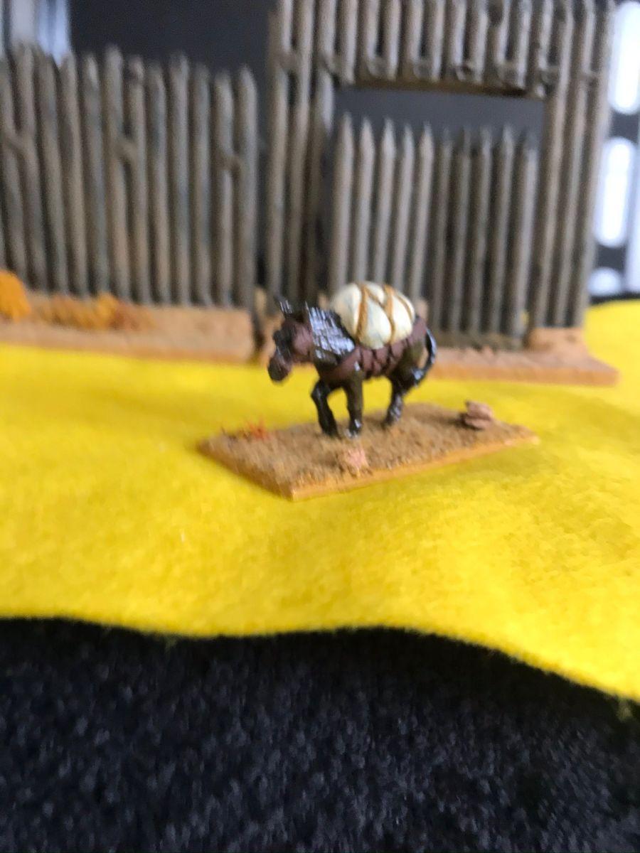 USH08 California pack mule