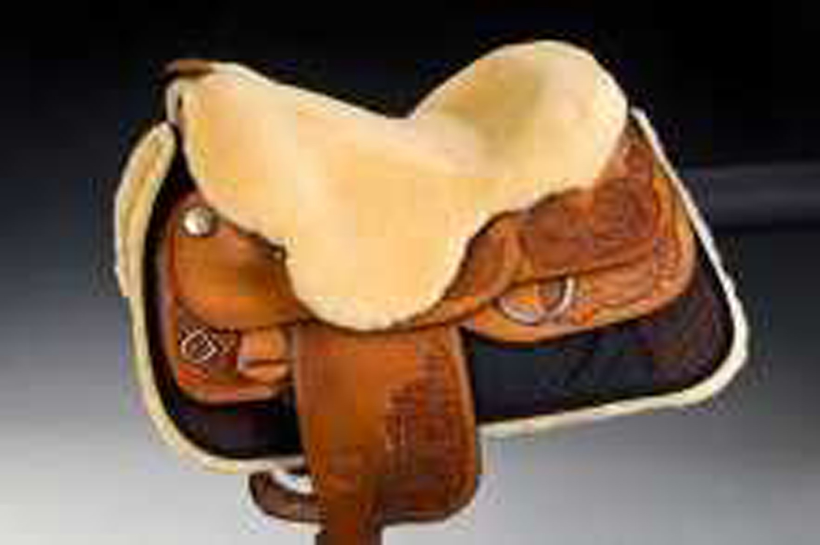 Christ Sheepskin Western Seat Saver with Horn Hole