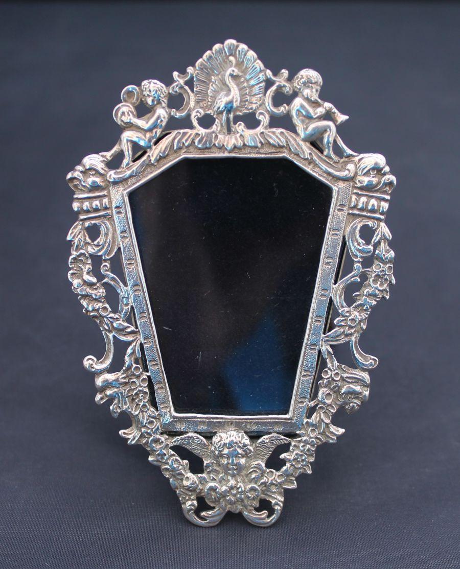 Goldsmiths & Silversmiths Co Ltd, Edward VII, Silver Miniature Photo Frame, London 1908