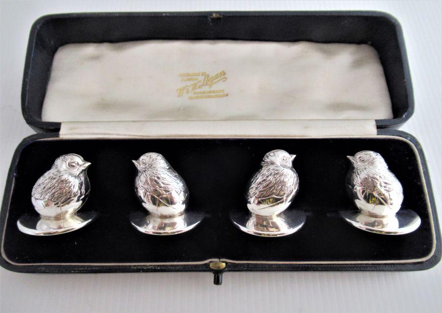 Cased set of silver hatchling menu holders, Sampson Mordan & Co , Chester 1910 (George V)