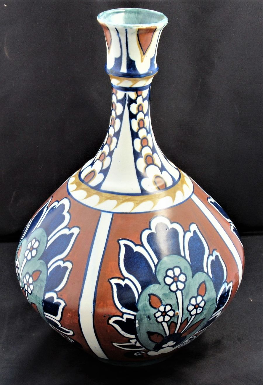 Large Frederick Rhead Bursley Ware Bagdad vase 1920-1925, Iznik/Persian pattern