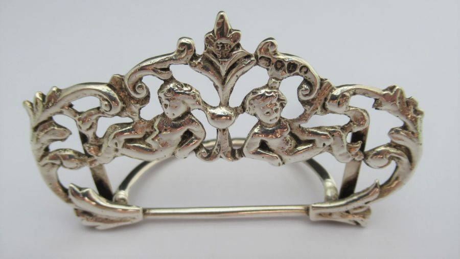 Victorian Sterling Silver Cherub menu/card holder, Rosenthal, Jacob & Co., London 1886
