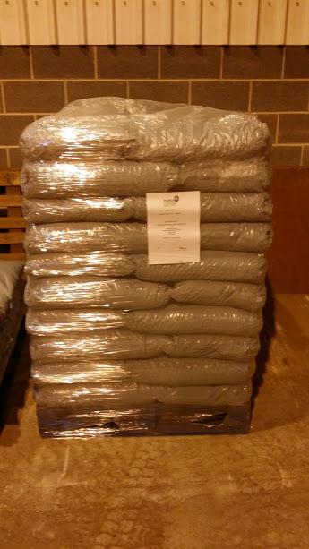 Full Pallet 40 litre Tropibed