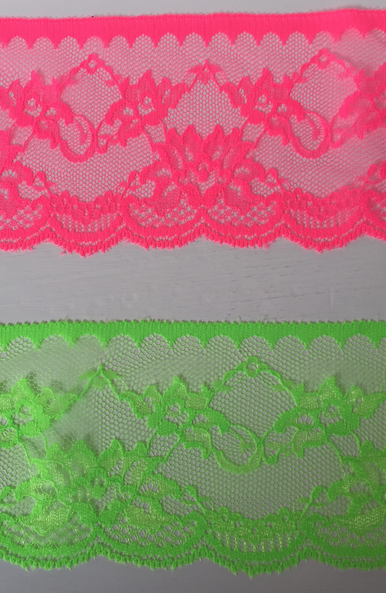 1m Fluorescent neon lace 90mm wide ribbon Pink Green