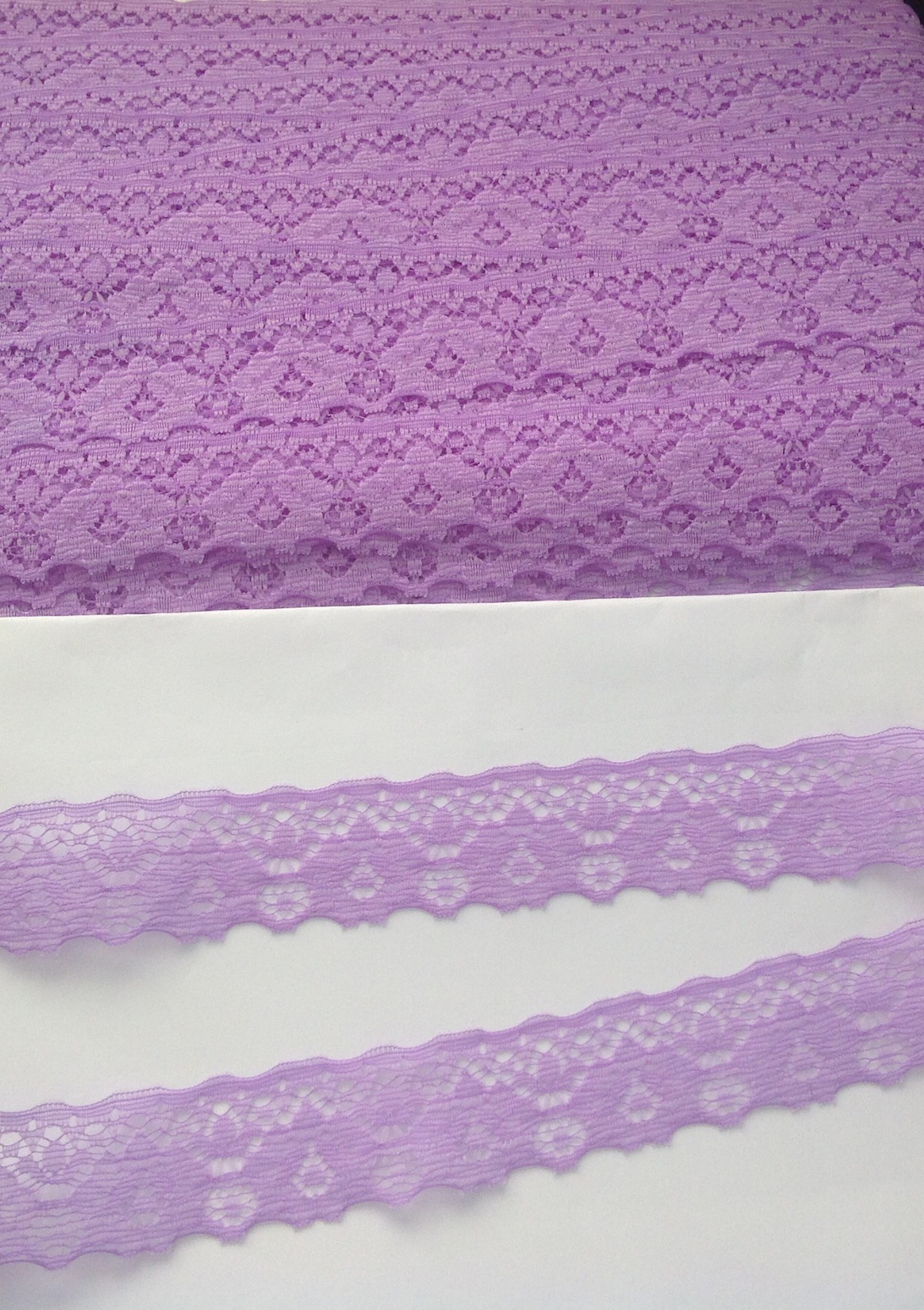 1m Lilac Lace scalloped ribbon 30mm wide