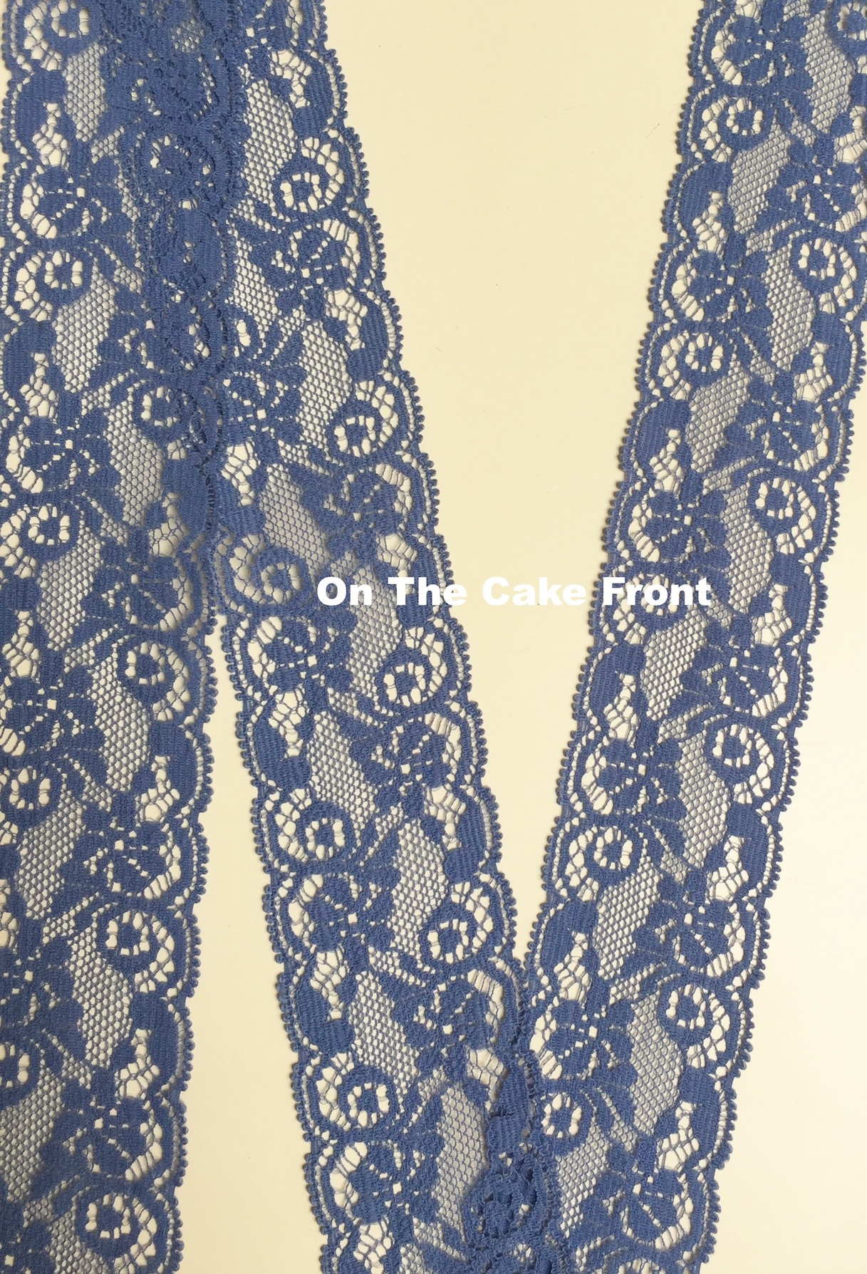 1m Midnight Blue Vintage style lace ribbon 35mm wide