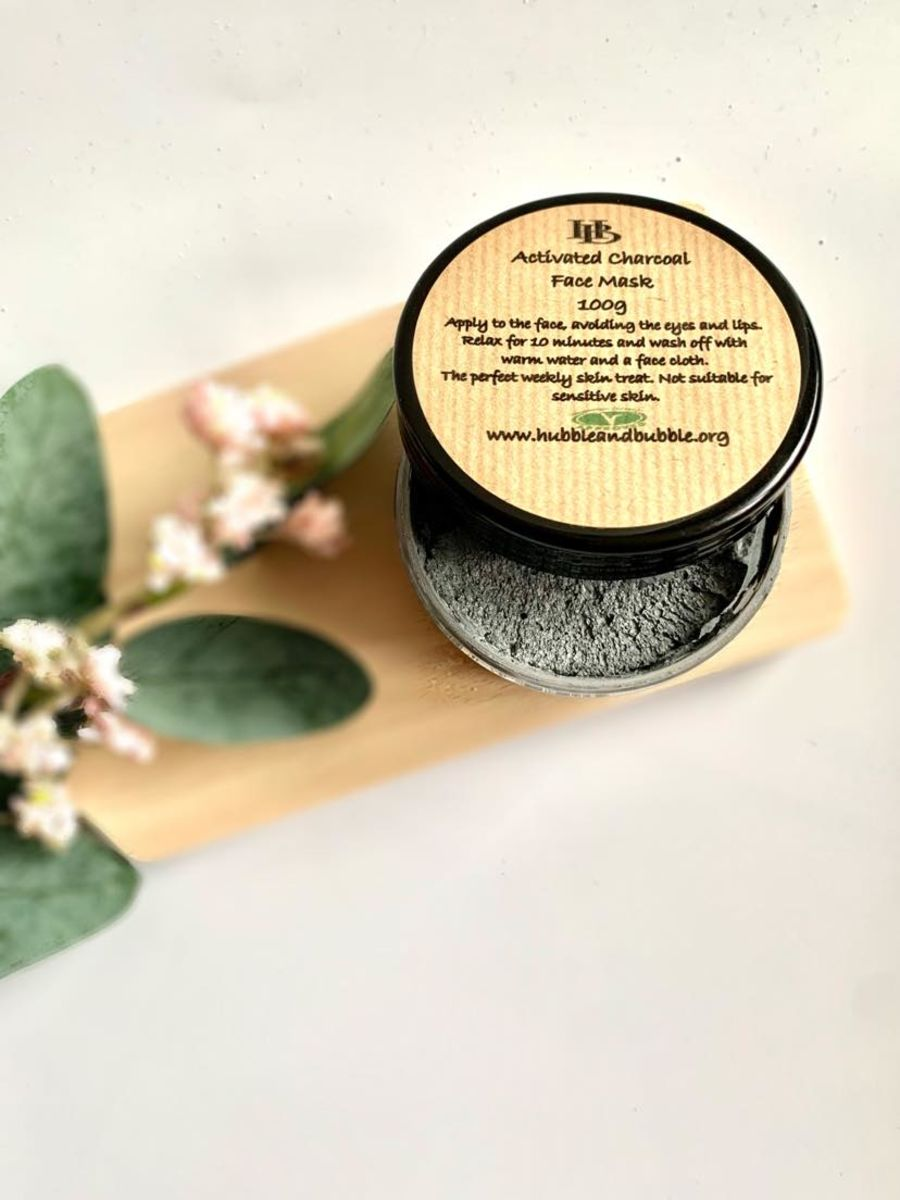 ACITIVATED CHARCOAL FACE MASK