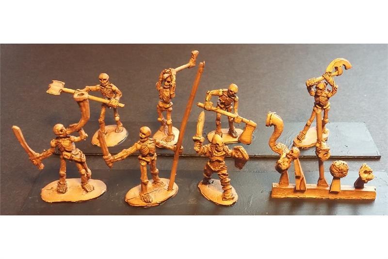 Decian Double Handed Axemen (35 figures)