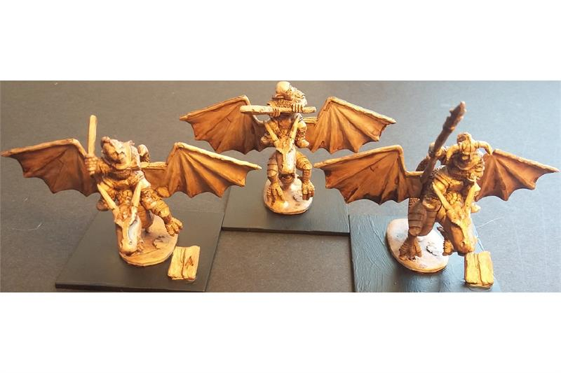 Orcian Young Wyvern Trainers (3 figures)