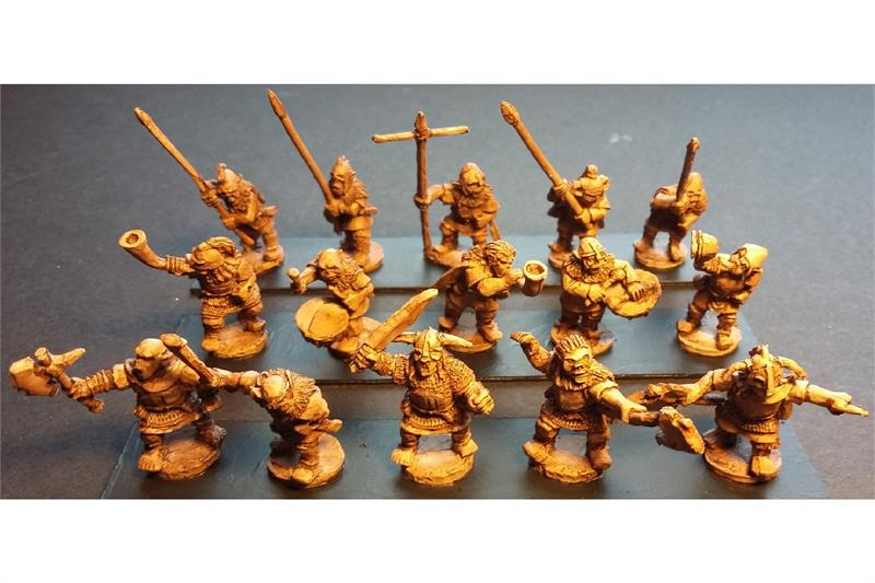 Orcian Command Officers, Standards, and Musicians (15 figures)