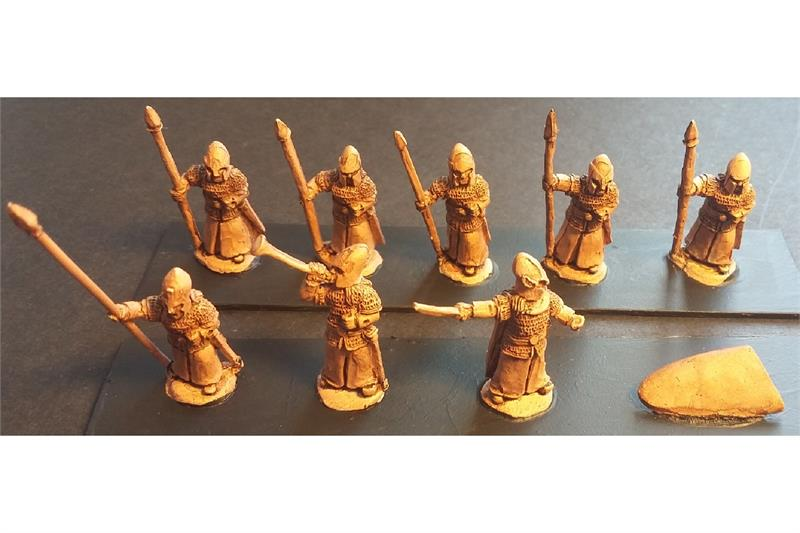 Elvian Spearmen with Shields (35 figures)