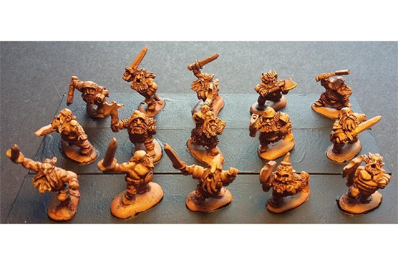 Dwarian Berserkers (32 figures)