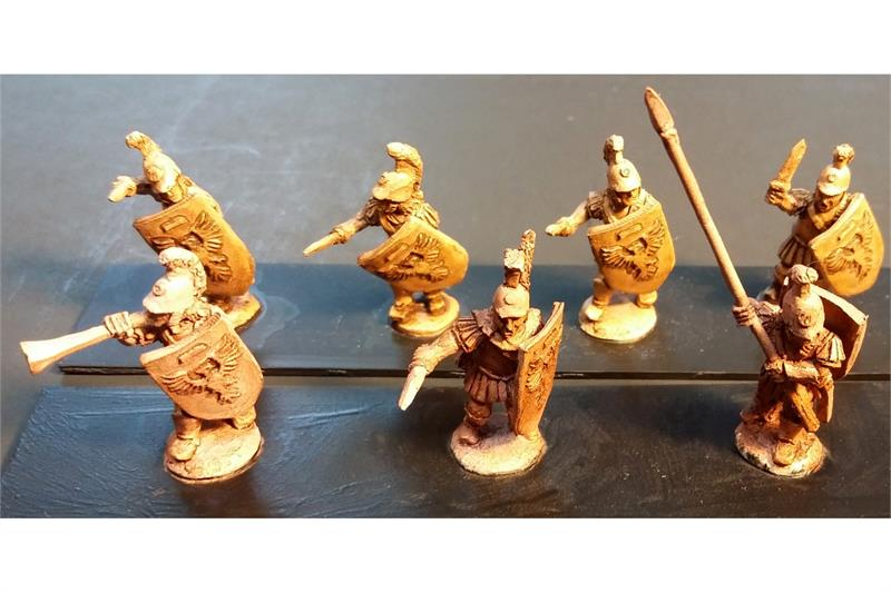 Legian Swordsmen with Shields (35 figures)