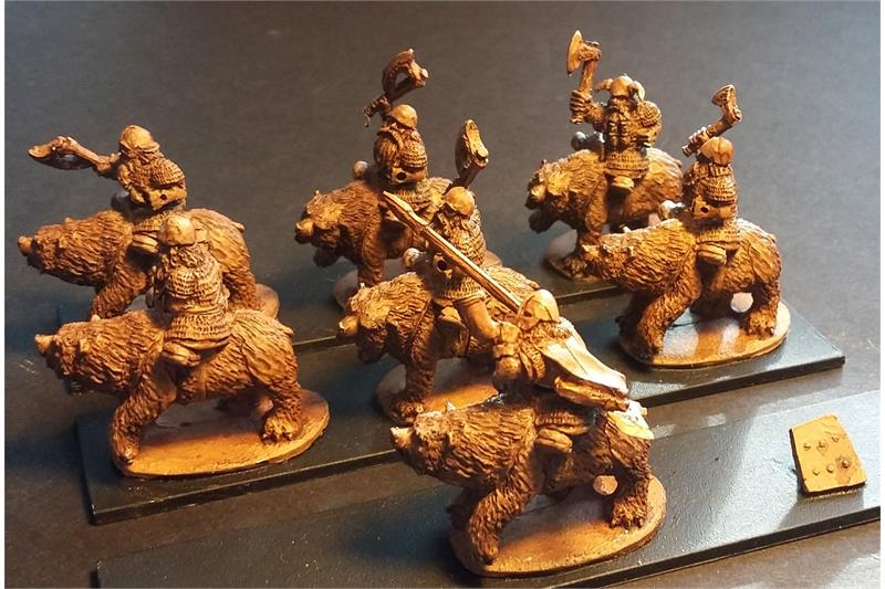 Dwarian Bear Cavalry with Axes and Shields (16 figures)