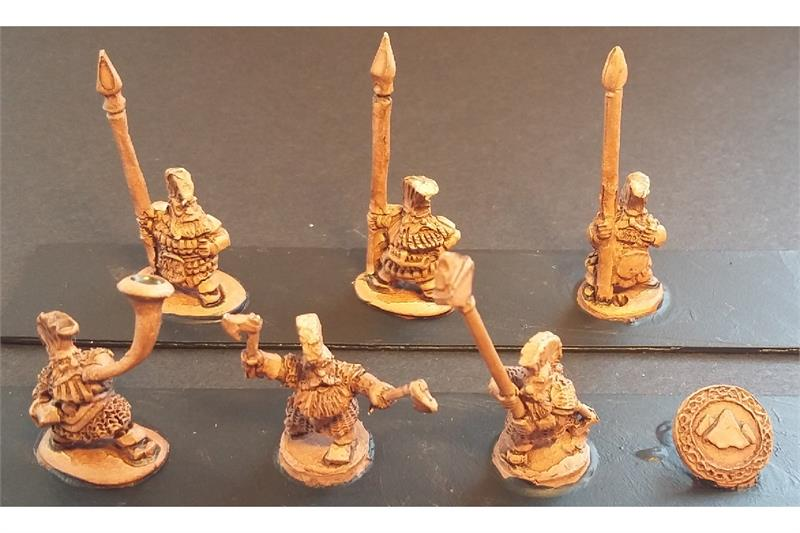 Dwarian Forgiven with Spears and Shields (35 figures)