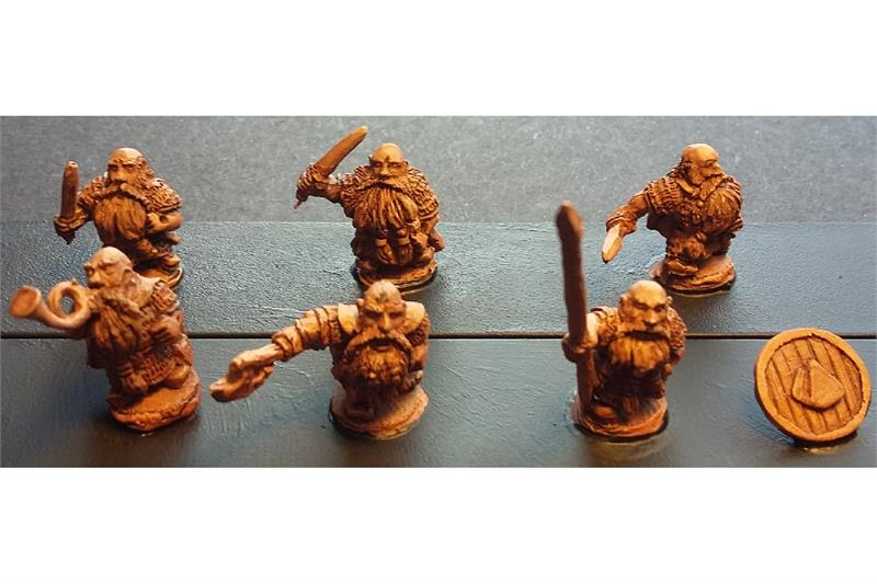 Dwarian Shame Bearers with Swords and Shields (35 figures)