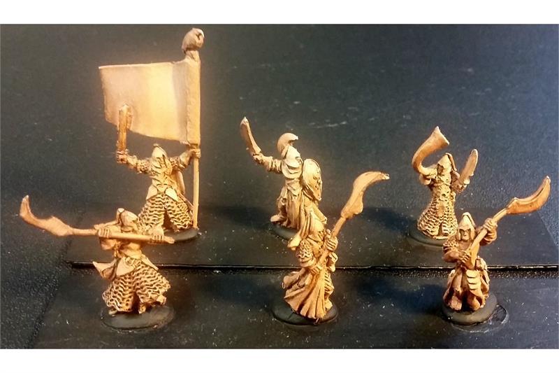 Delvian Double Handed Axemen (35 figures)