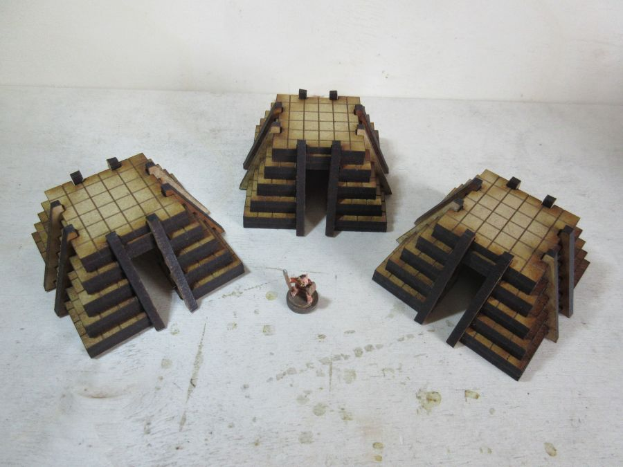 Simple Lizardmen dwellings 15mm