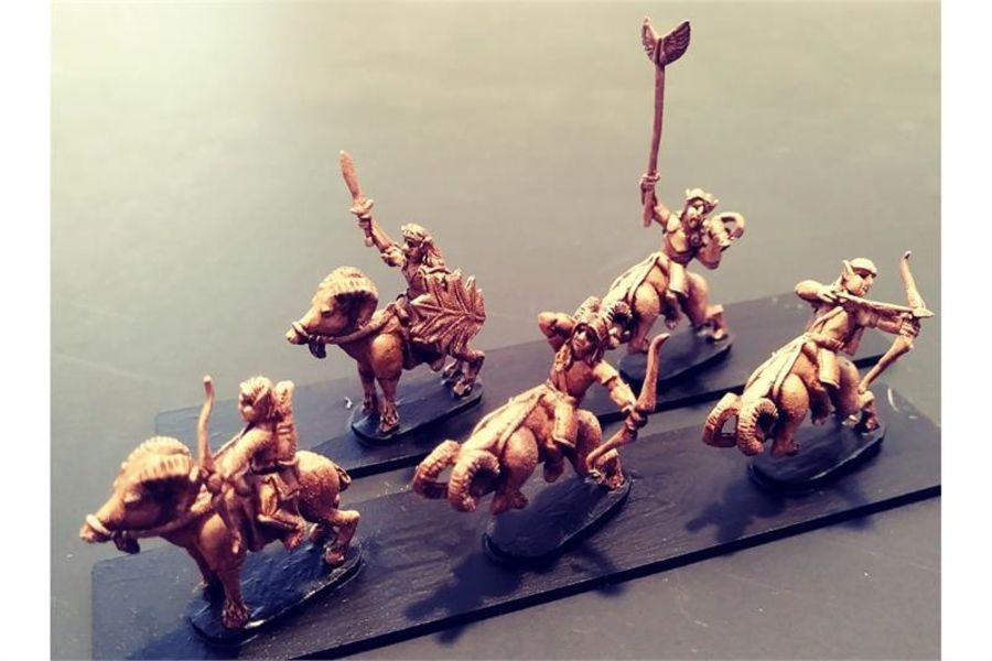Wovian Cavalry with Bows on Rams (16 figures)