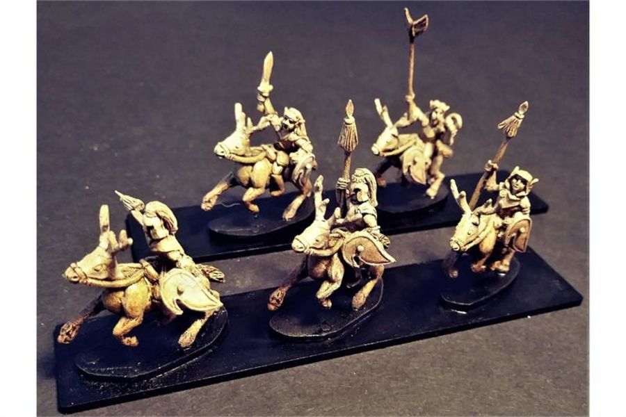 Wovian Cavalry with Spears and Shields on Stags (16 figures)