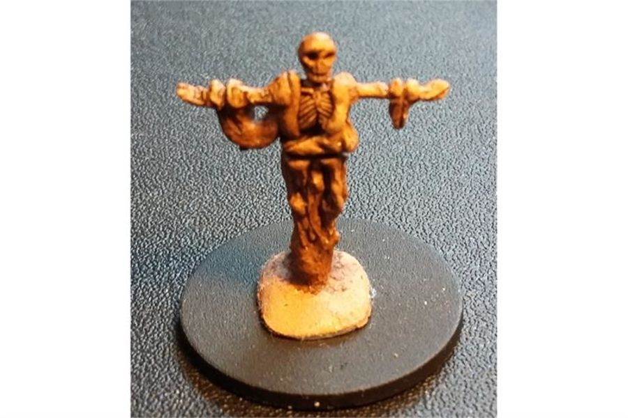 Decian Necromancer (1 figure)
