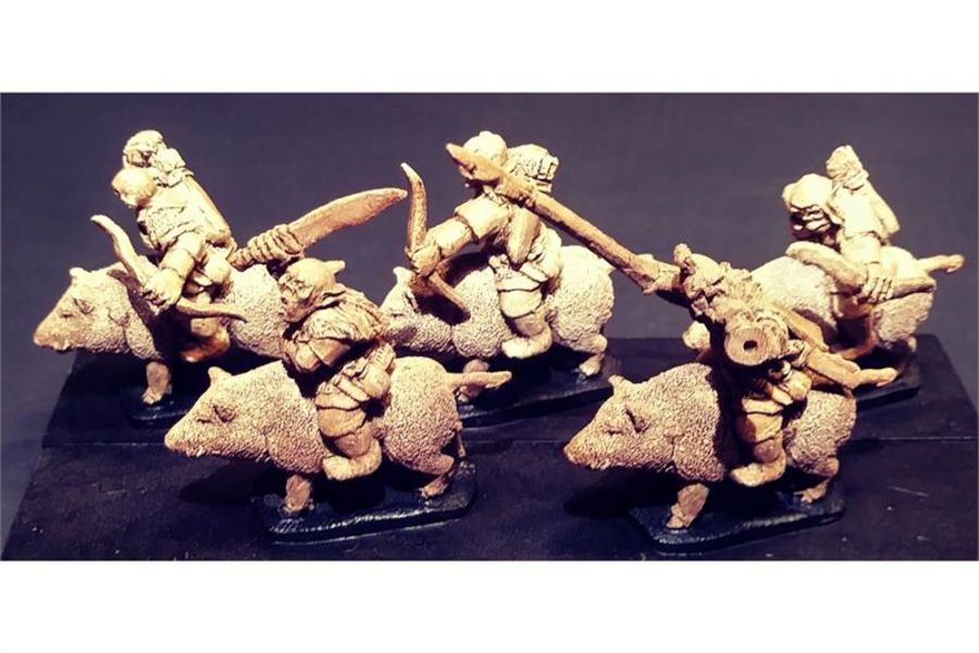 Orcian Cavalry with Bows on Boars (16 figures)
