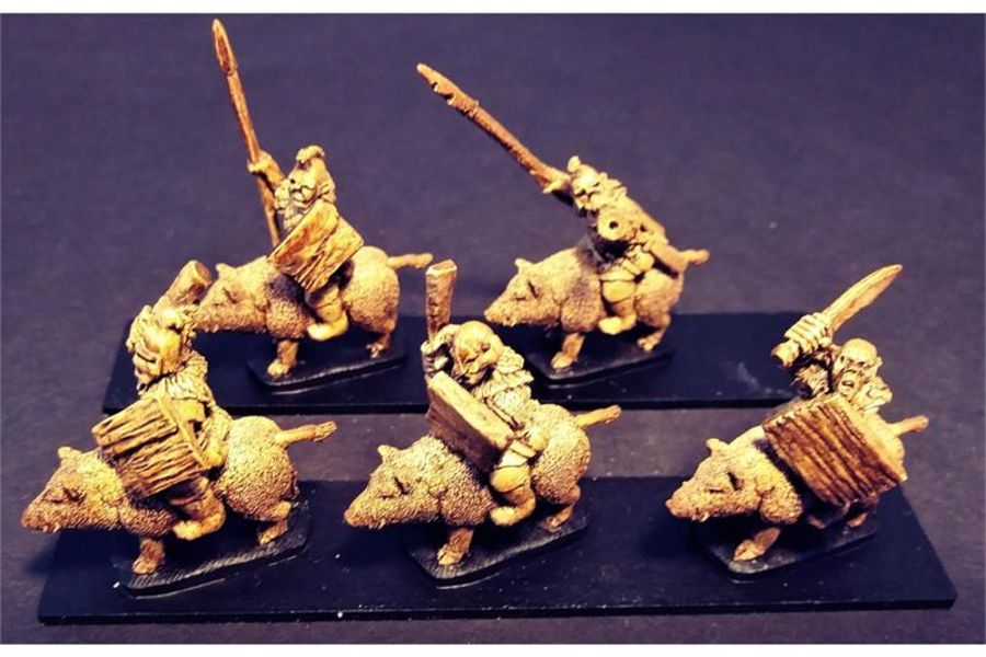 Orcian Boar Cavalry with Swords & Shields (16 figures)