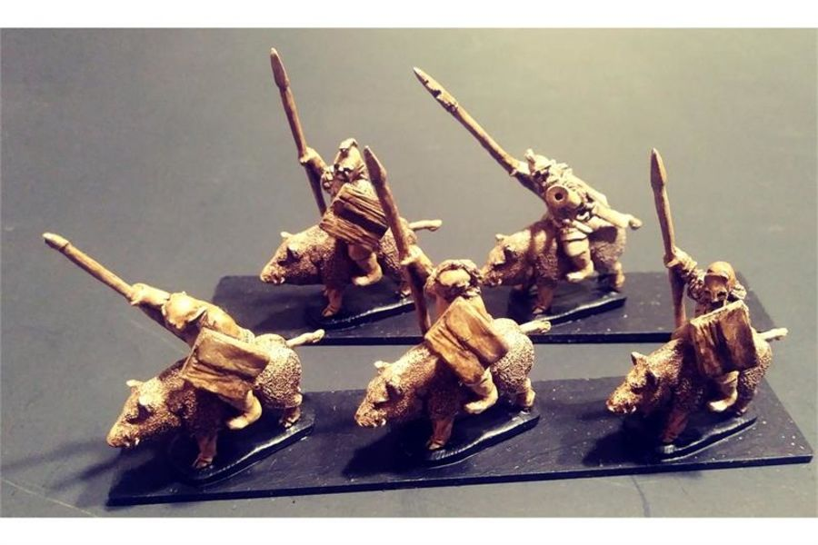 Orcian Boar Cavalry with Spears & Shields (16 figures)