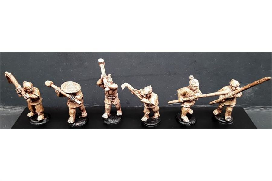 Villagers with Various Weapons (6 figures)