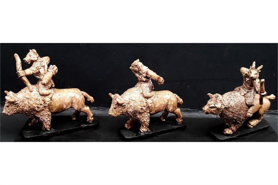 Bestian Cavalry with Bows on Bison (16 figures)