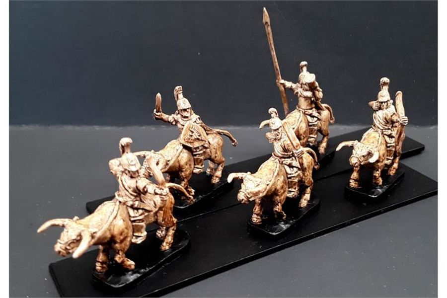 Legian Cavalry with Bows on Unarmored Bulls (16 figures)