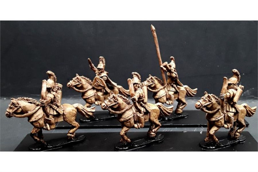 Legian Cavalry with Bows on Horses (16 figures)