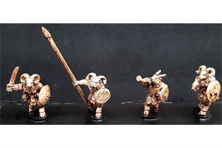 Bestian Command (4 figures)