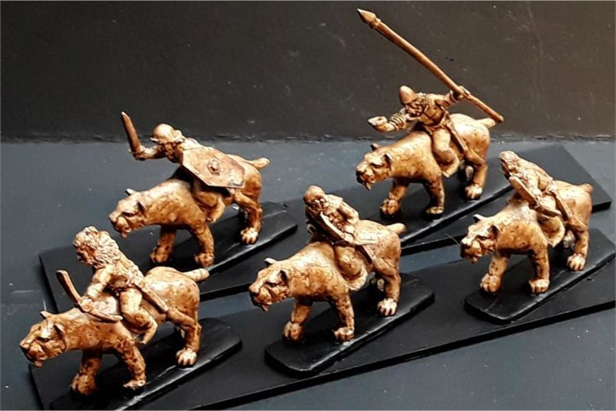 Barbarian Cavalry with Bows on Sabre Tooths (16 figures)