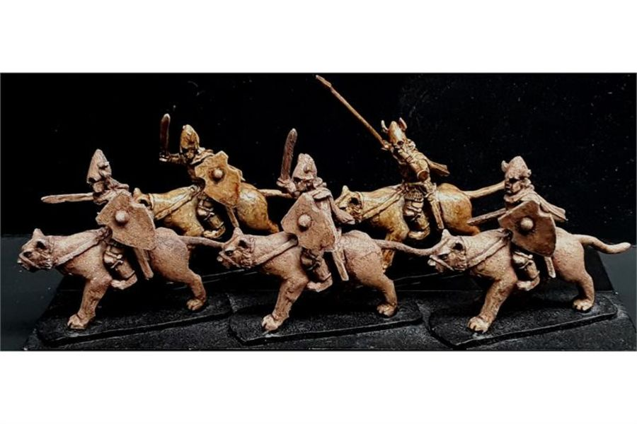 Delvian Cavalry with Sabres & Shields on Snow Tigers (16 figures)