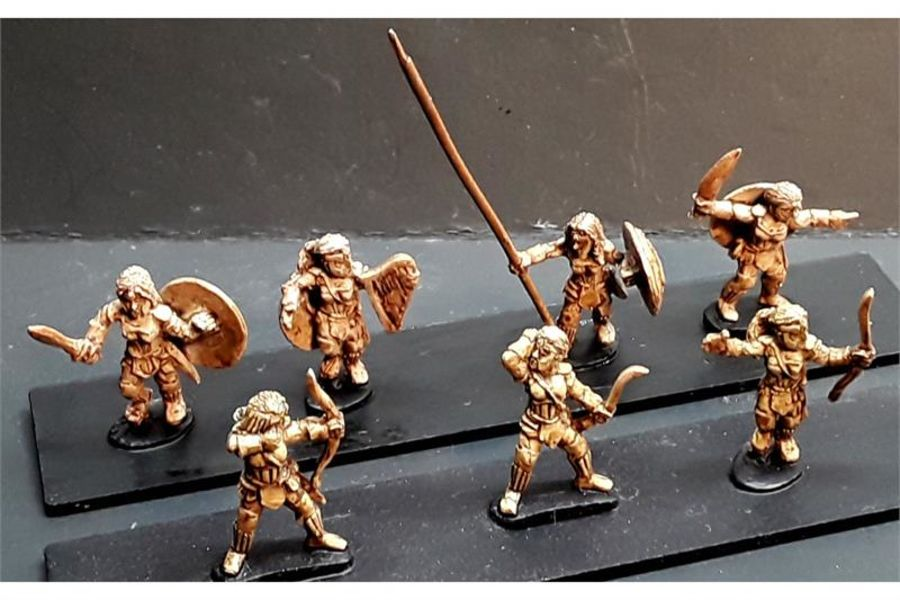 Amazonian Warriors with Bows (35 figures)