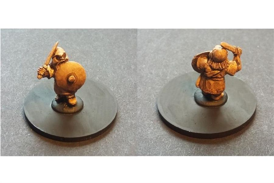 Dwarian Captain (1 figure)